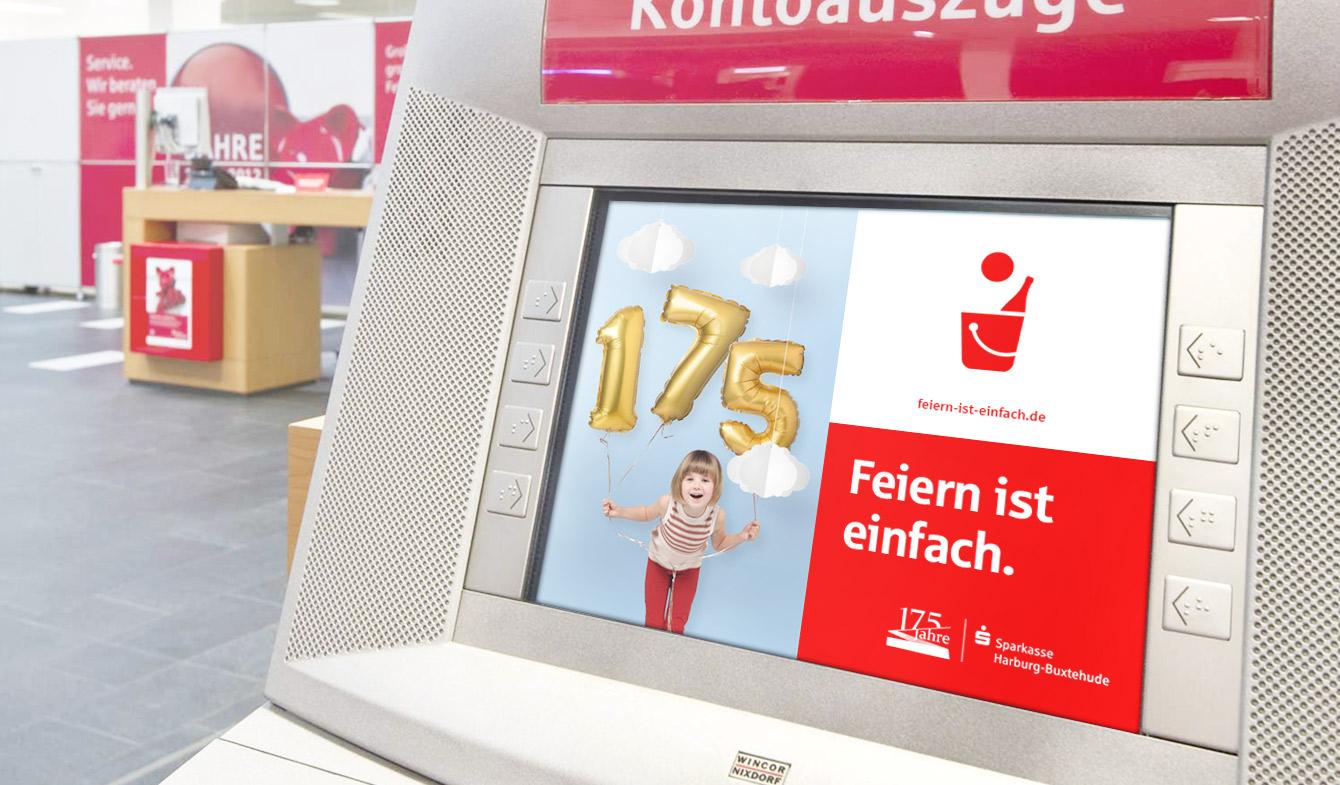 Sparkasse Harburg-Buxtehude Jubiläumskampagne Geldautomat